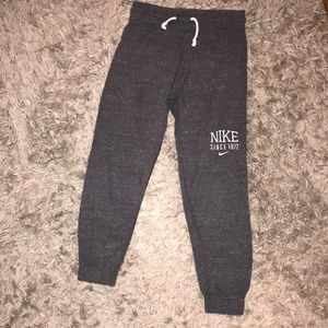 Nike crop thin sweats. Great for spring/summer